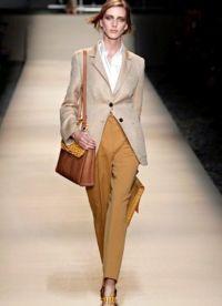 ženy klasického oblečení 7