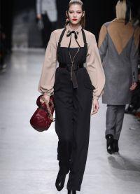 ženy klasického oblečení 8