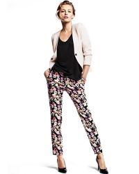 Klasične konusne ženske hlače 9