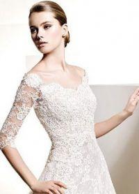 Zaprta poročna obleka 2