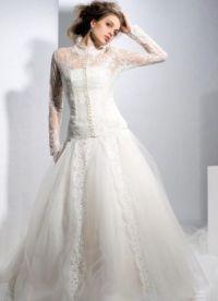 Zaprta poročna obleka 8