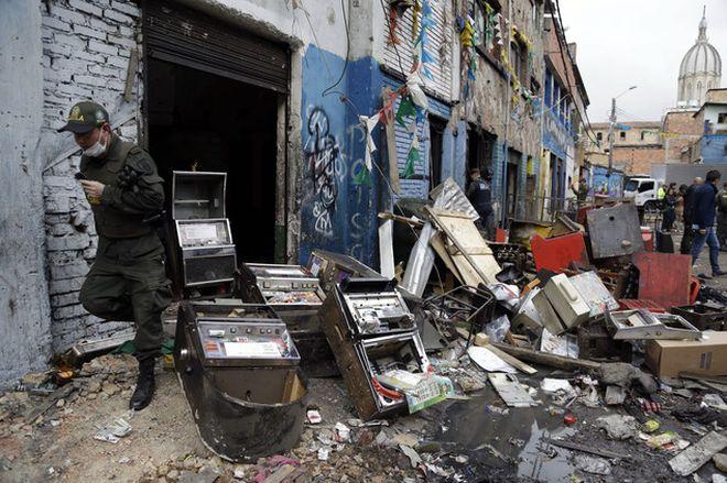 Наблагополучный район Эль-Бронкс в Боготе, Колумбия
