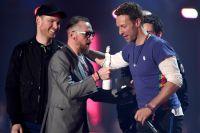 Группа Coldplay унесла с собой статуэтку в номинации лучшая группа