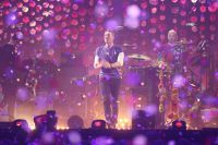 Группа Coldplay на сцене