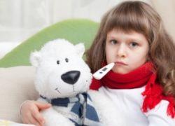 компримовање на грлу детета