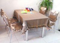 Pokrowce na krzesła w kuchni2