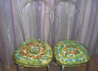 Pokrowce na krzesła w kuchni8