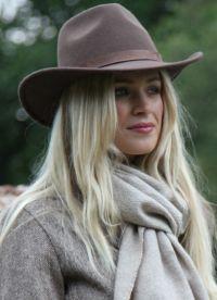 kovbojský klobouk 12