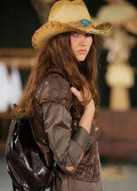 kovbojský klobouk 15