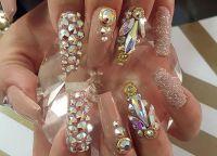kristalni čipovi za nokte 15