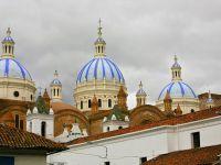 Куэнка - собор с голубыми куполами Ла-Инмакулада