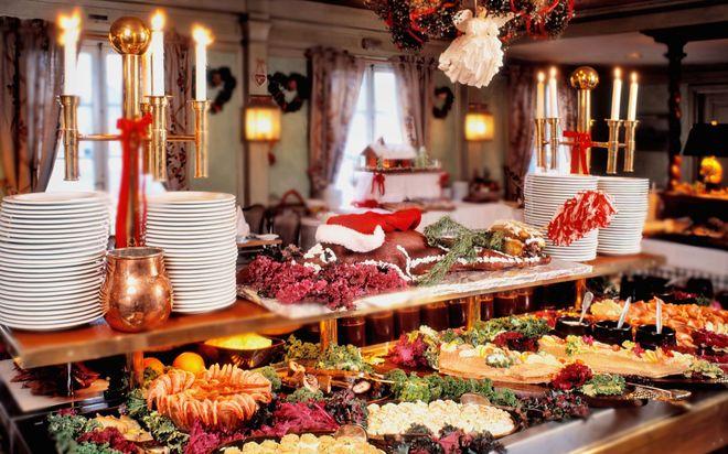 Рождественский шведский стол