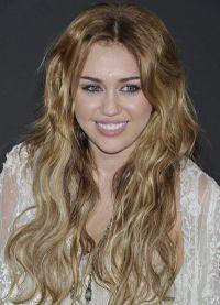 piękne loki na długie włosy 3