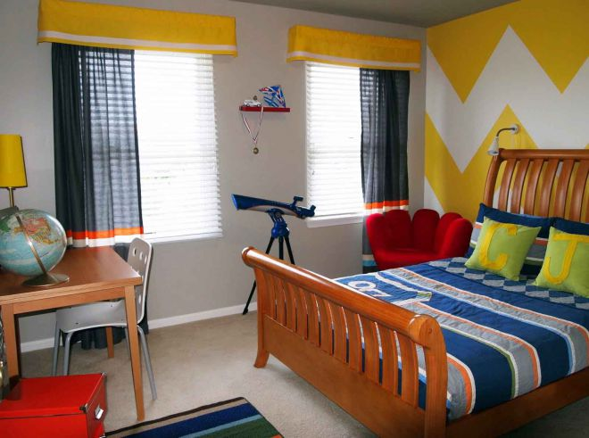 короткие шторы в детскую для мальчика