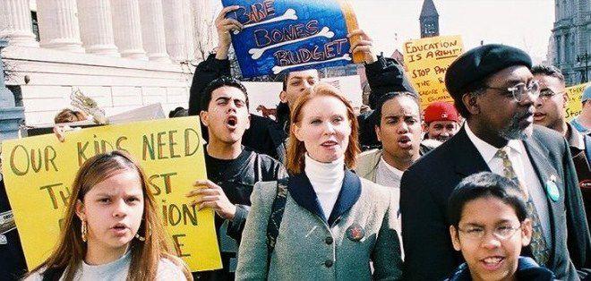 Кампания Синтии Никсон в разгаре