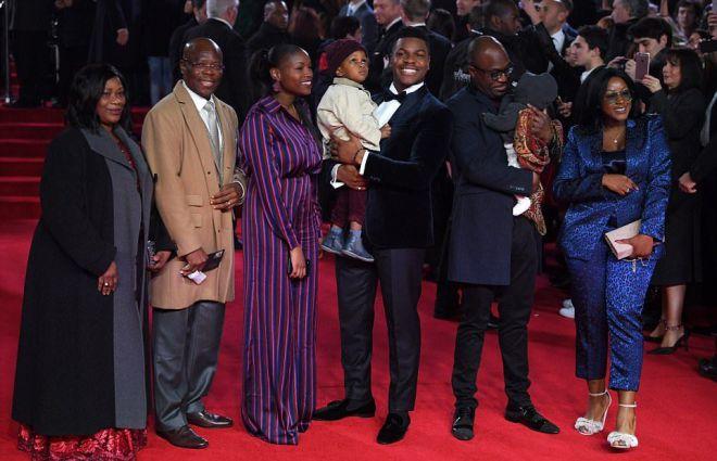 Джон Бойега со своей семьей