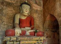 Статуя Будды в храме Дамаянджи