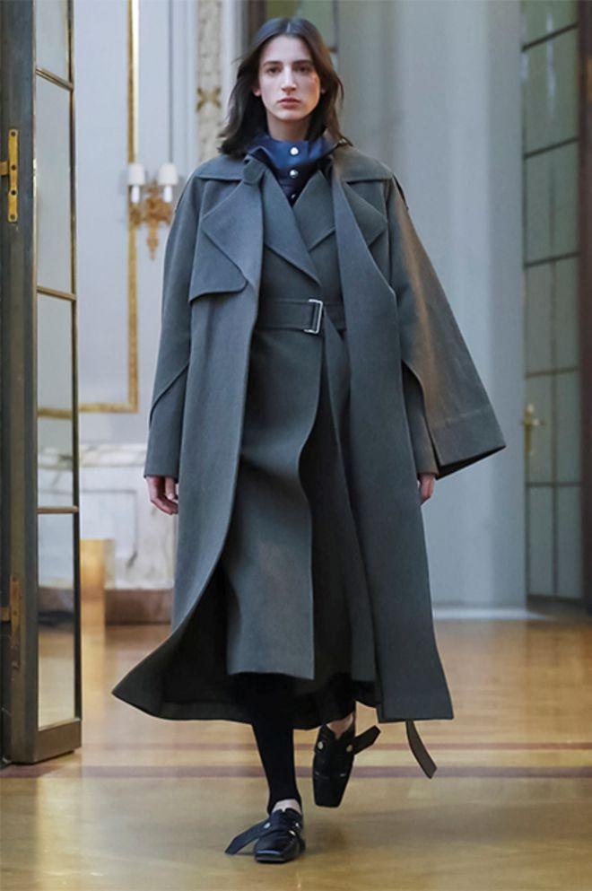 Пальто от Виктории Бекхэм