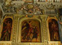 Настенные картины главной лестницы монастыря