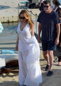 Джеймс просил невесту после романтического отпуска  в Греции в сентябре