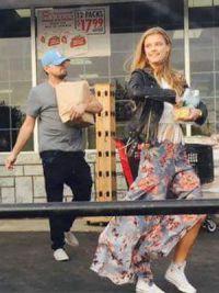 Нина очень любит шопинг