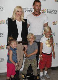 Гвен Стефани с мужем и детьми