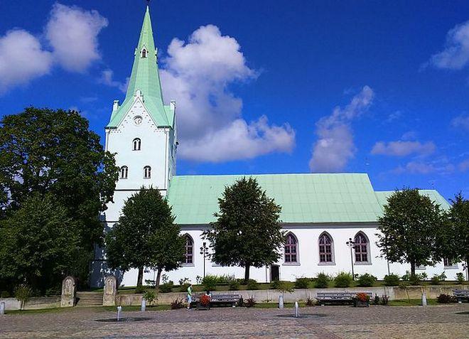 Лютеранская церковь в Добеле