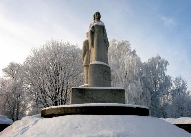 Памятник освобождению города