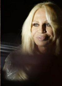Donatella Versace prije i poslije 10