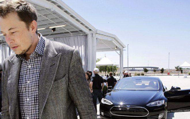 Акции Tesla рухнули на фоне заявления Маска о «банкротстве» компании