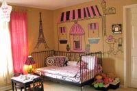 Eiffelov toranj crtanje na zidu1