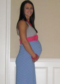 Sukienka dla kobiet w ciąży z własnymi rękami25