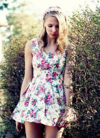 sukienka z kwiatem 2013 7
