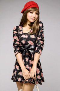 Sukienka w kwiaty 6