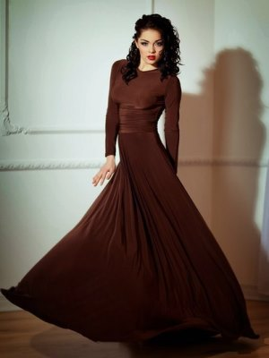 Sukienka z długim rękawem12