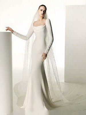 Sukienka z długim rękawem13