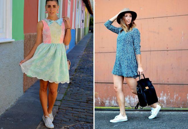 девушка в платье и кедах