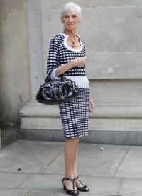 Sukienki dla starszych kobiet 2