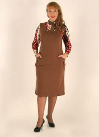 Sukienki dla starszych kobiet 3