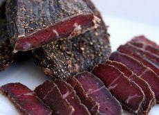 rozdrabnianie mięsa wieprzowego