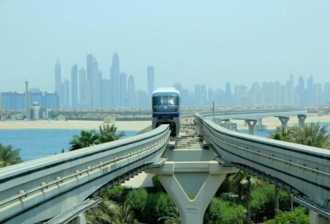 Дубайский монорельс
