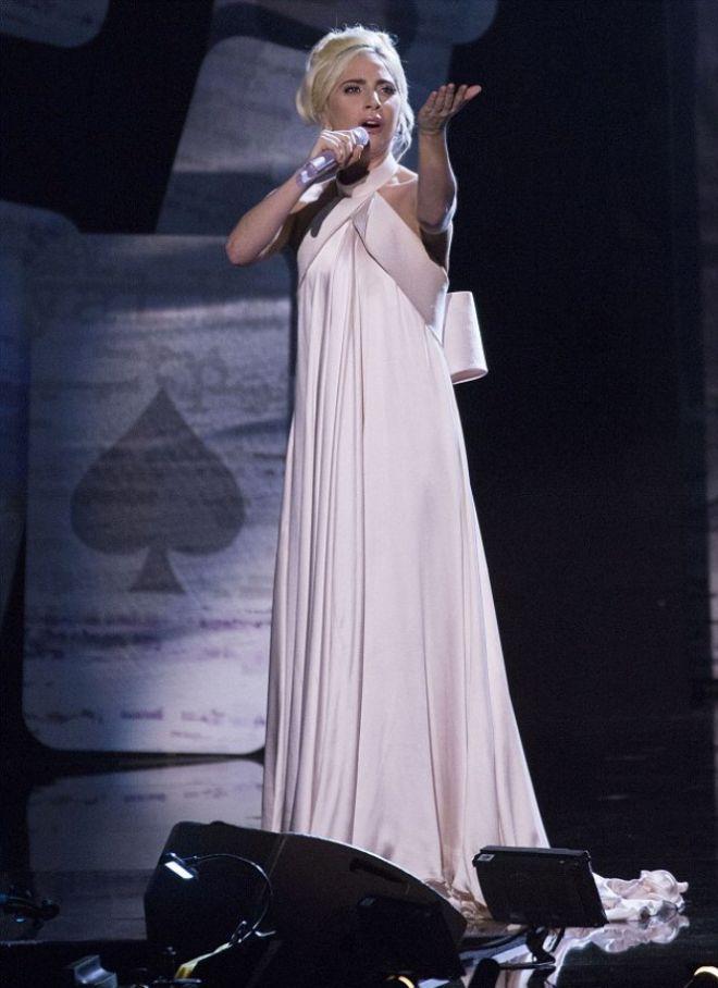 Выступление Леди Гаги