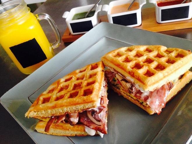 Завтрак в La Wafleria