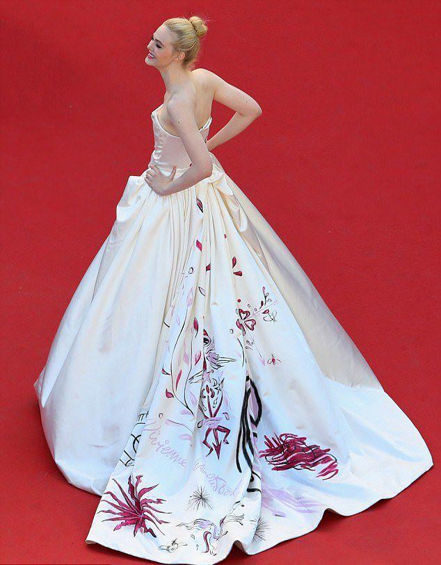 Платье Элль Фаннинг на открытии Каннского кинофестиваля