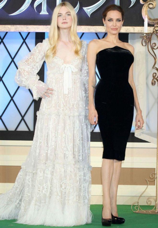 Анджелина Джоли и Элль Фаннинг на премьере