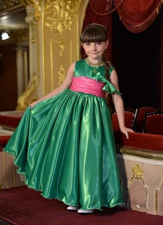 Elegantne haljine za maturiranje u vrtiću 11