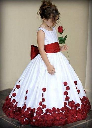 Elegantne haljine za maturiranje u vrtiću 8