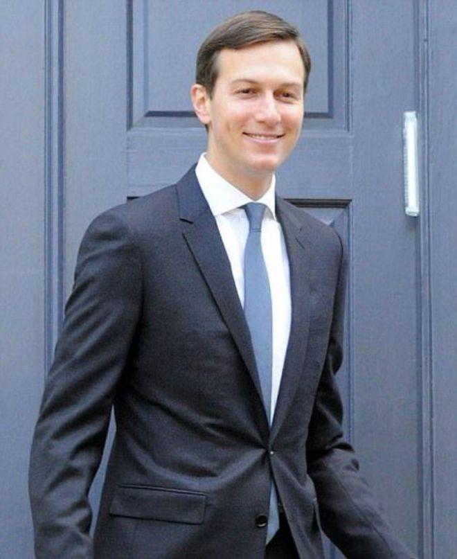 У Кушнера галстук в тон платья Иванки
