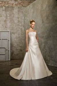 Elegantne poročne obleke 6