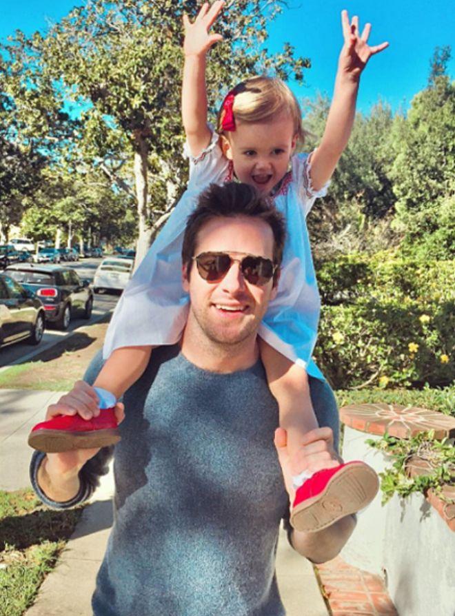 Арми Хаммер с дочкой
